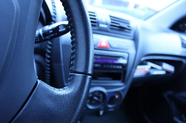 auto-166753_640.jpg