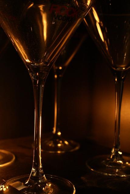 wine-glass-218931_640.jpg