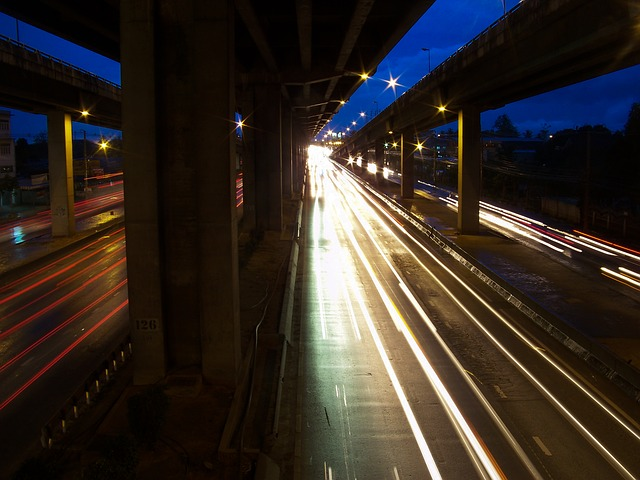 highway-224031_640.jpg