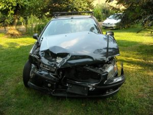Car_with_frontal_collision