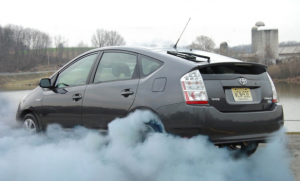 A_stock_Toyota_Prius_burning_out