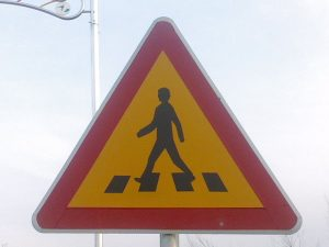 800px-Korean_Sign_-_Pedestrian_Crossing_4